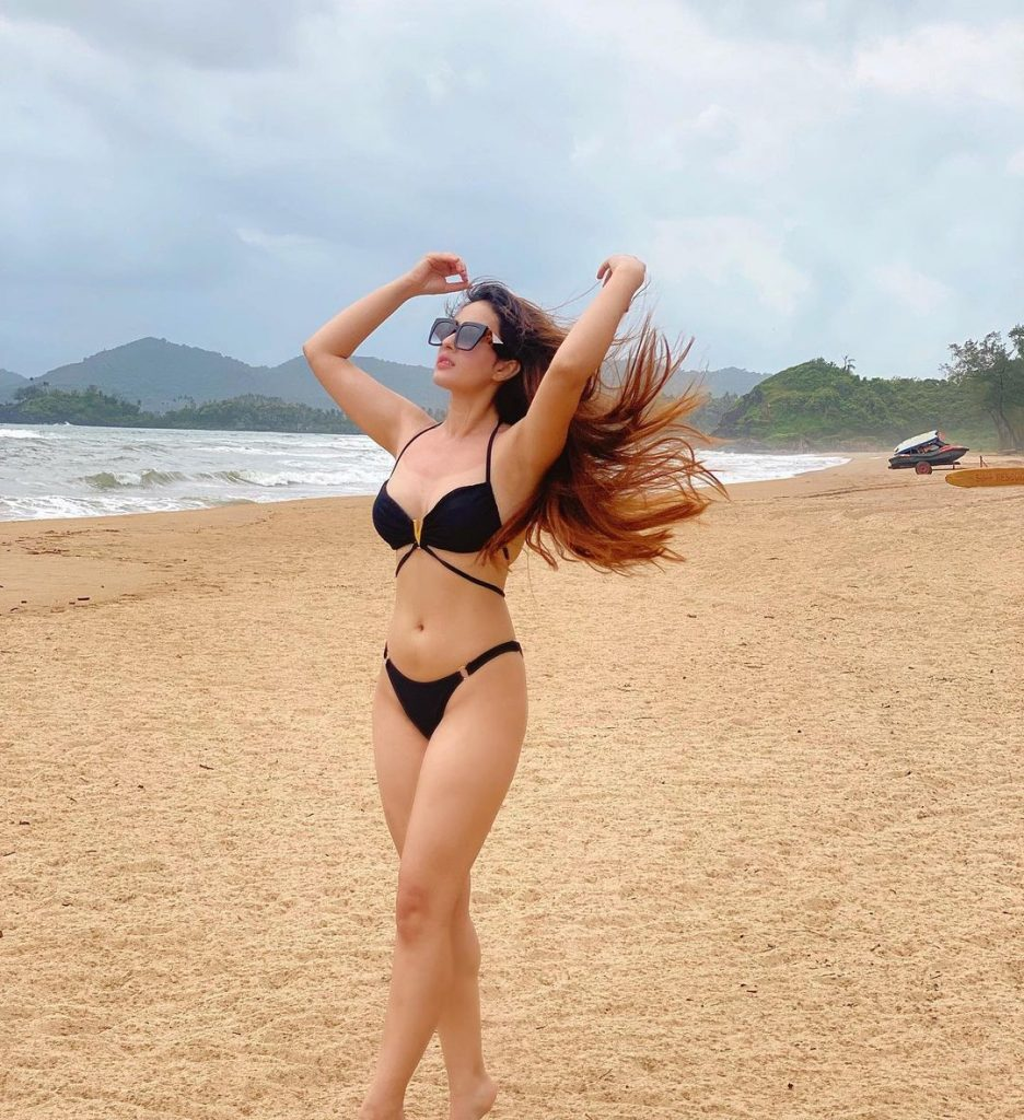 black bikini in Aditi Budhathoki in sea